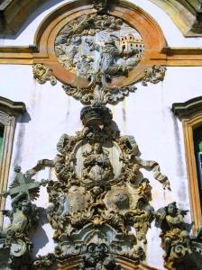 Detalhe do entalhe frontal da Igreja de Francisco de Assis, reparem a delicadeza das formas