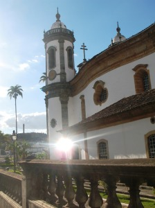 Maravilha da Arquitetura e Escultura de Aleijadinho em São João Del Rei