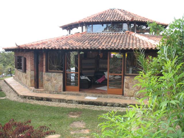 Vista da sala de yoga do Prana Lorien